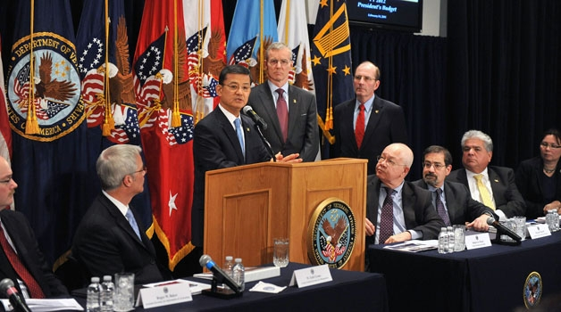 Secretary Shinseki annoucing budget