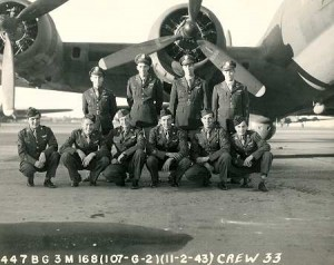 Carmen Schiavoni (far left) with his B-17 crew.
