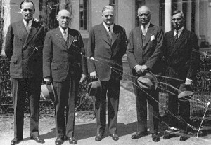 President Herbert Hoover, General Hines and staff, following the signing of Executive Order creating the Veterans Administration.