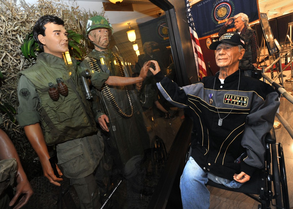Air Force Veteran educates VA visitors, employees through exhibits
