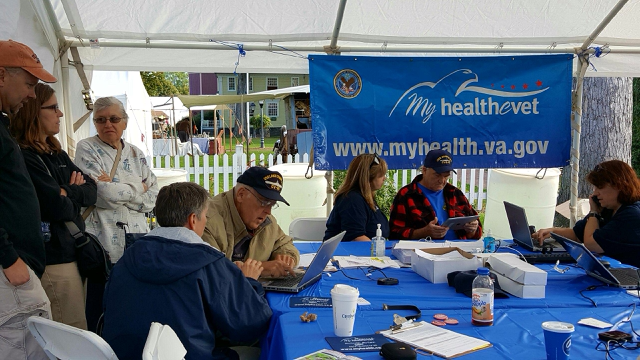 Veterans sign up for My HealtheVet at The Big E