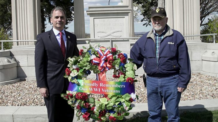 Deputy Under Secretary NCA presents wreath with Vietnam Veteran Jim Westmoreland