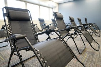 Chairs for group acupuncture