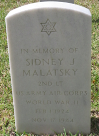 Photograph of Grave marker for 2nd Lt. Sidney Malatsky at Florida National Cemetery in Bushnell, Florida.