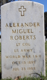 Photograph of grave marker for Lt. Col. Alexander Miguel Roberts in Florida National Cemetery.