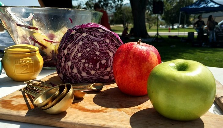 IMAGE: abbage apples and measuring cups