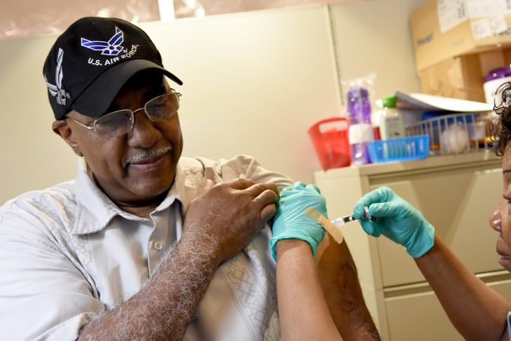 Veteran gets a flu shot