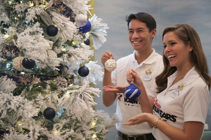 Photos of the Week: Disney VoluntEARS decorate the Orlando Fisher House for Christmas