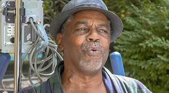 Heart transplant recipient Karl Baylor sings