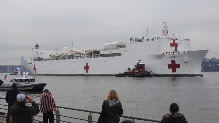 Jim Henderson photo of the USNS Comfort in NYC.