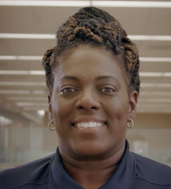 Davida Riggins is an Army Veteran and Comcast employee who supports the Internet Essentials program.